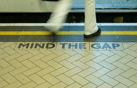 Photo - Mind The Gap Image - from Philly - source site - www.swx.hu