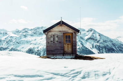 Tiny homes are a great analogy when considering basic or enterprise LMS